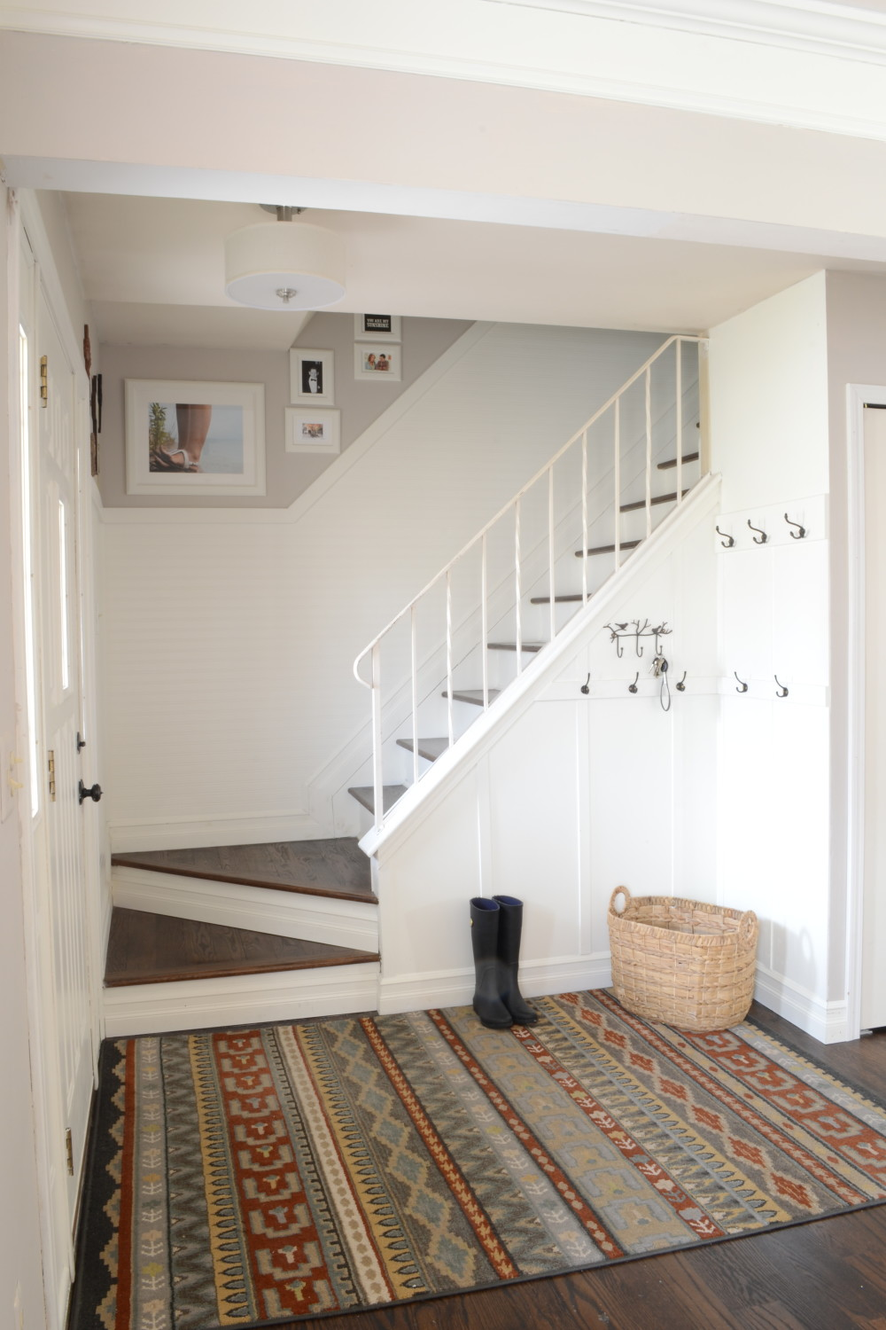 Mini Home Tour: The Entryway
