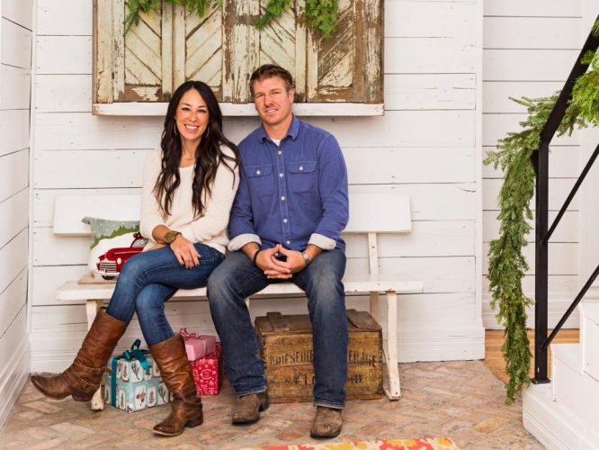 30 light fixtures inspired by joanna gaines