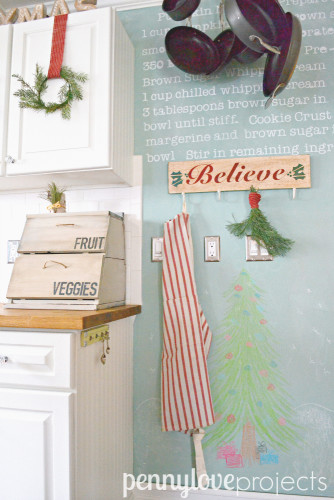 Holiday Home Tour Chalkboard Wall