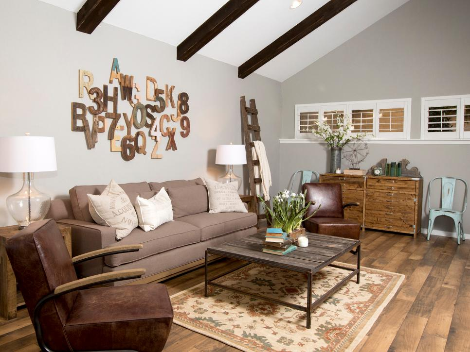 Fixer Upper Season 1 Episode 2 Living Room The Weathered Fox