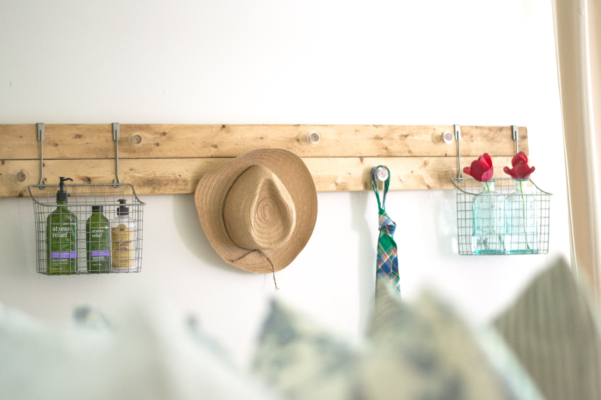 DIY Wall Rack Made From Scrap Wood