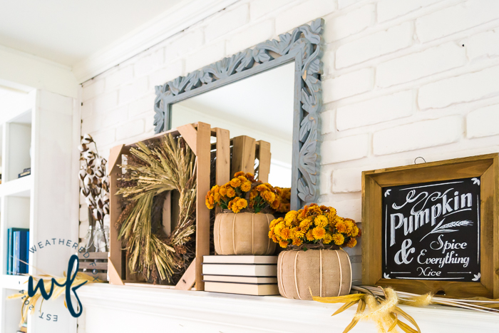 fall-mantel-decor-ideas-12