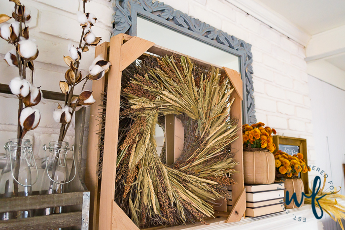 fall-mantel-decor-ideas-7