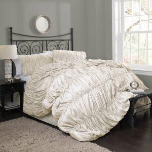ruffle-bedding