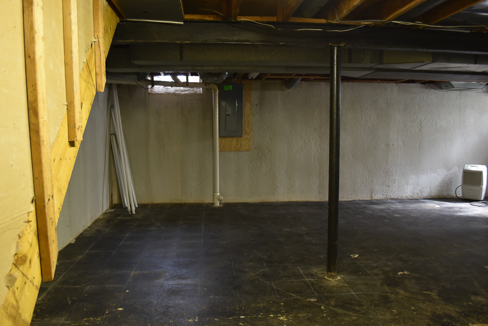 How to Paint Basement Floors-1