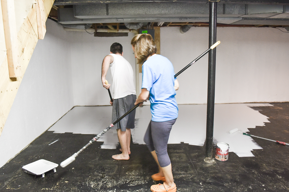 Unfinished basement ideas to sell a house-18