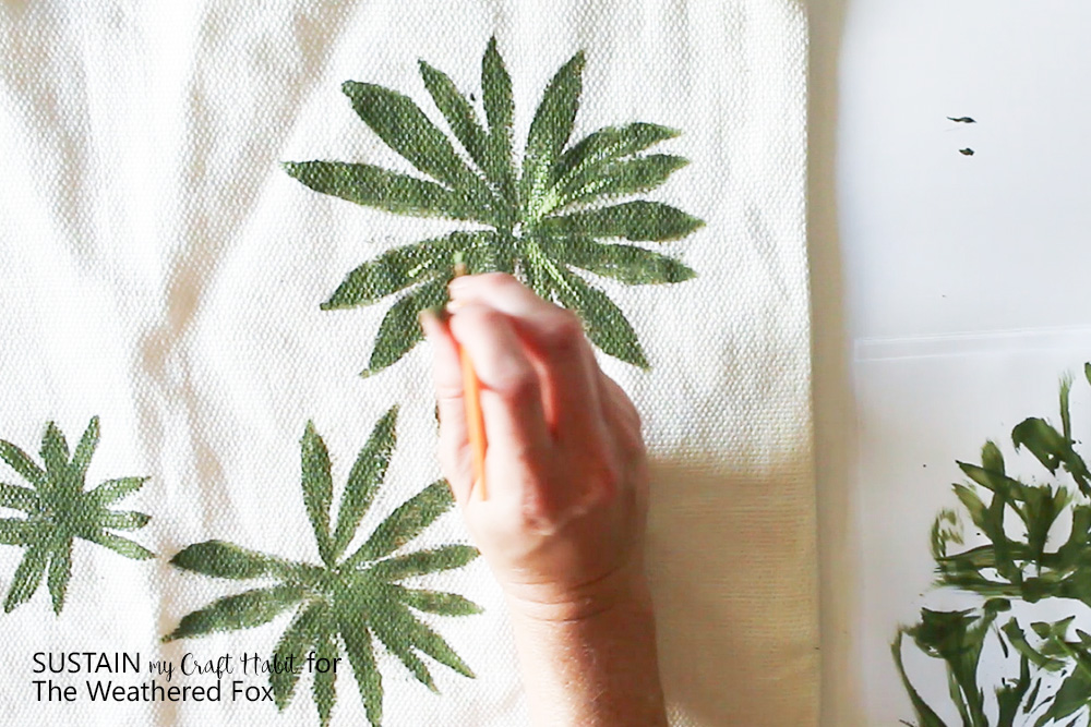 DIY outdoor pillow covers with leaf stamps