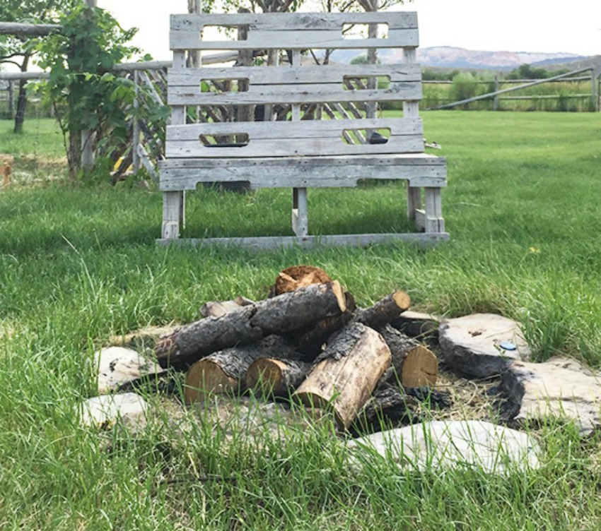 DIY Fire Pit Ideas Anyone Can Make. Get your backyard ready for summer with these easy fire pit ideas.