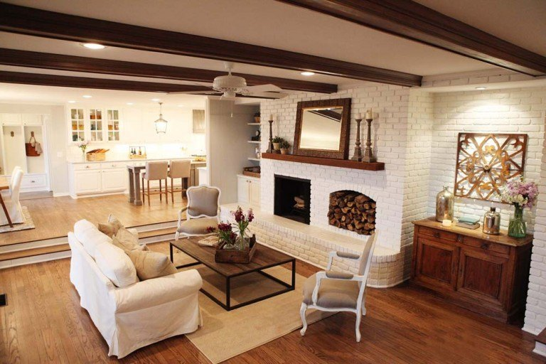 Fixer Upper Season 1 Episode 4 Living Room The Weathered Fox