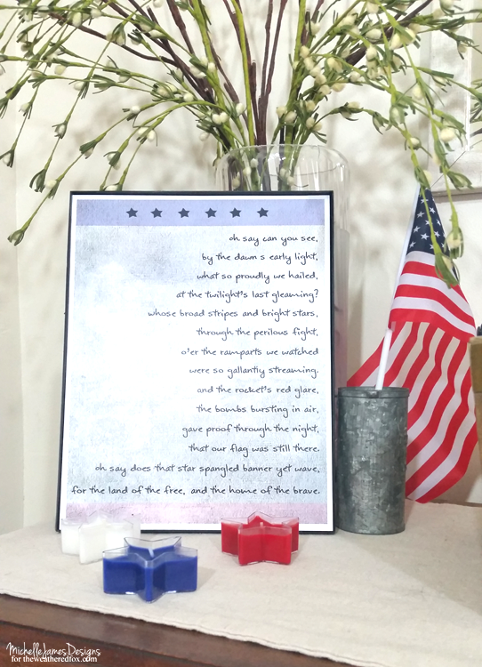 Easily decorate for the fourth of July with this free Star Spangled Banner patriotic printable - www.theweatheredfox.net