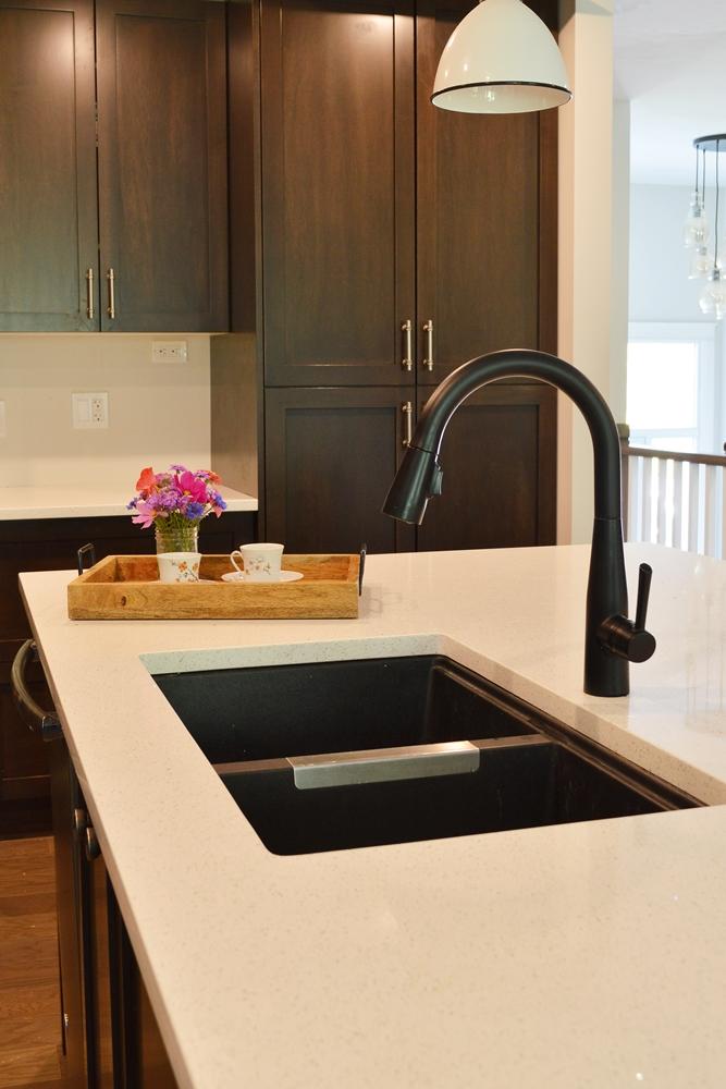 Delta Essa Matte Black Farmhouse Kitchen Faucet