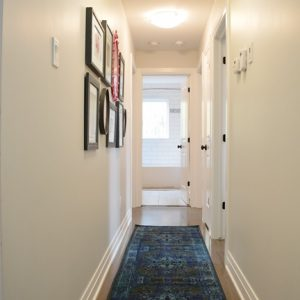 Hall makeover with a colorful gallery wall