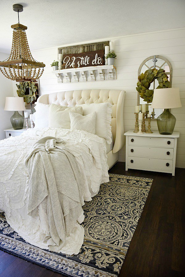 farmhouse room decor rustic farmhouse bedroom bedroom decor pinterest farmhouse Stop here for the ultimate list of farmhouse bedroom ideas! These farmhouse  bedrooms will inspire