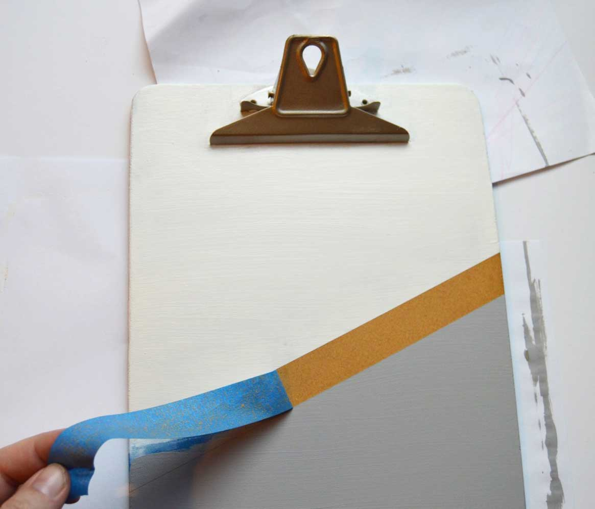 DIY Clipboard Display with Easter Printable